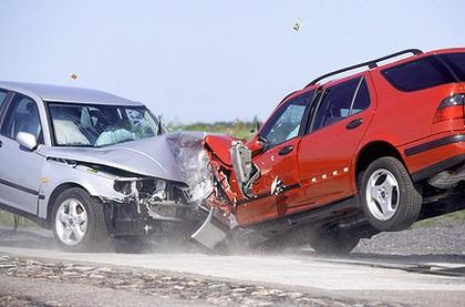 Araç Kazaları ve Lastik Kalitesi