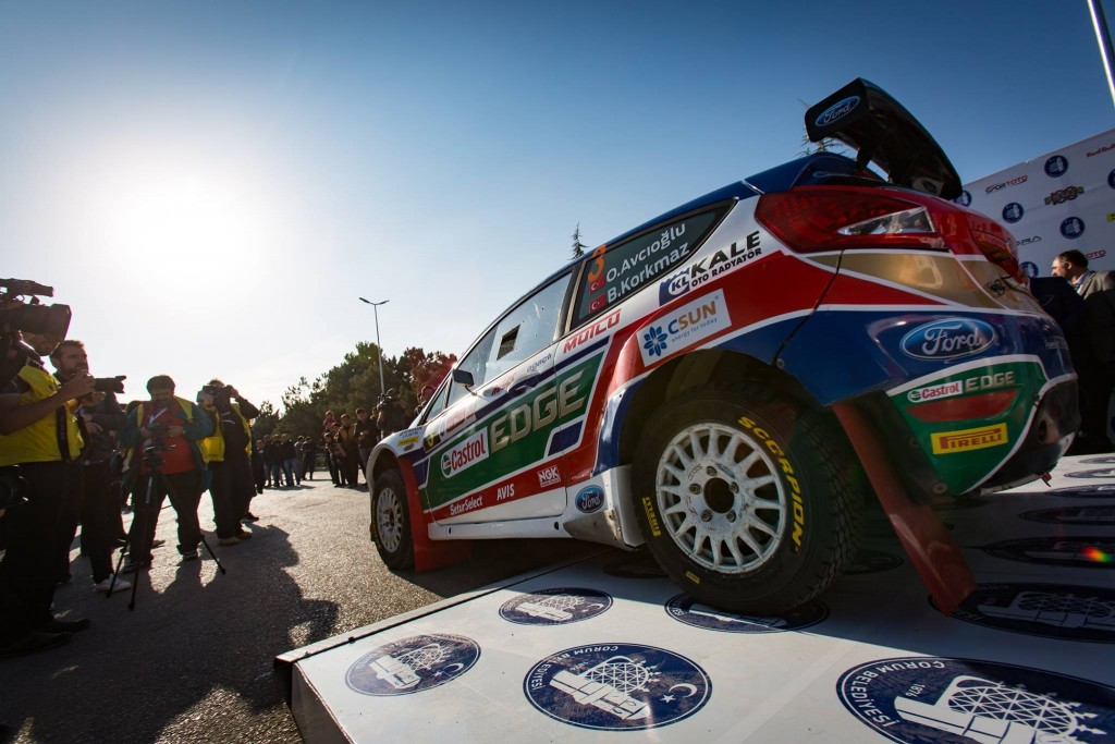 2016-Hitit-Rallisi-Orhan-Avcioglu-Ford-Fiesta-S2000-Sembolik-Start