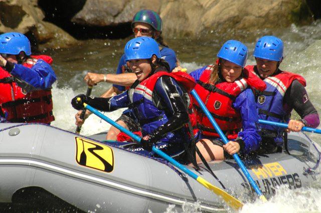 Haftasonu Tatili İçin Rafting Yapmaya Gidiyoruz!