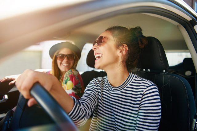 Otomobilini çok seven gençlere hediye edebileceğiniz 7 aksesuar!