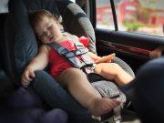 Çocuk ve bebek oto koltuğu nasıl seçilir?